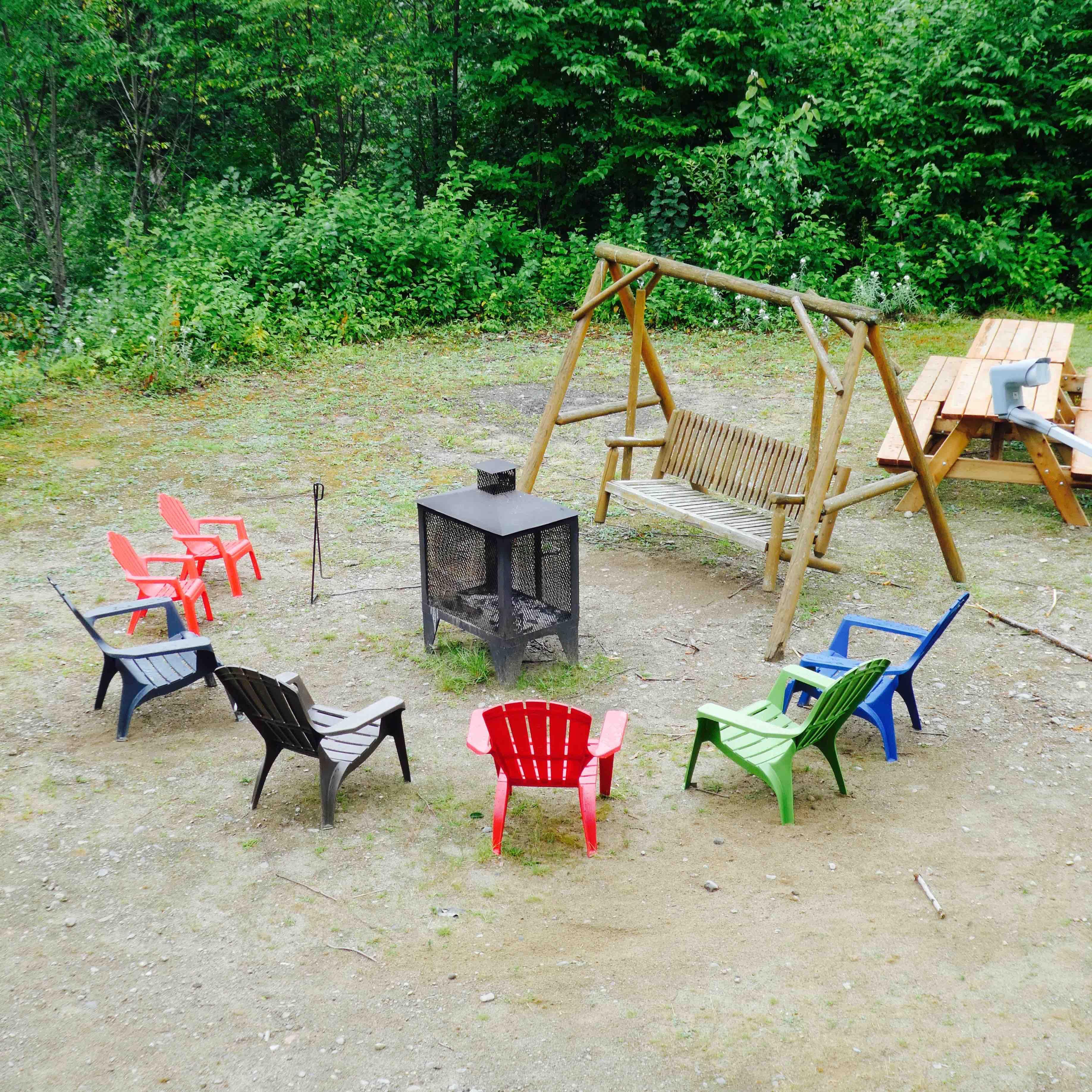 7 choses faire lorsqu 39 il pleut pendant ton week end en chalet. Black Bedroom Furniture Sets. Home Design Ideas