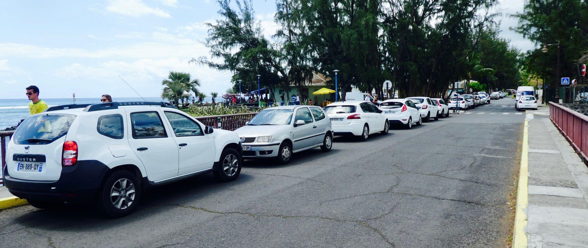 infos insolites réunion voitures blanches